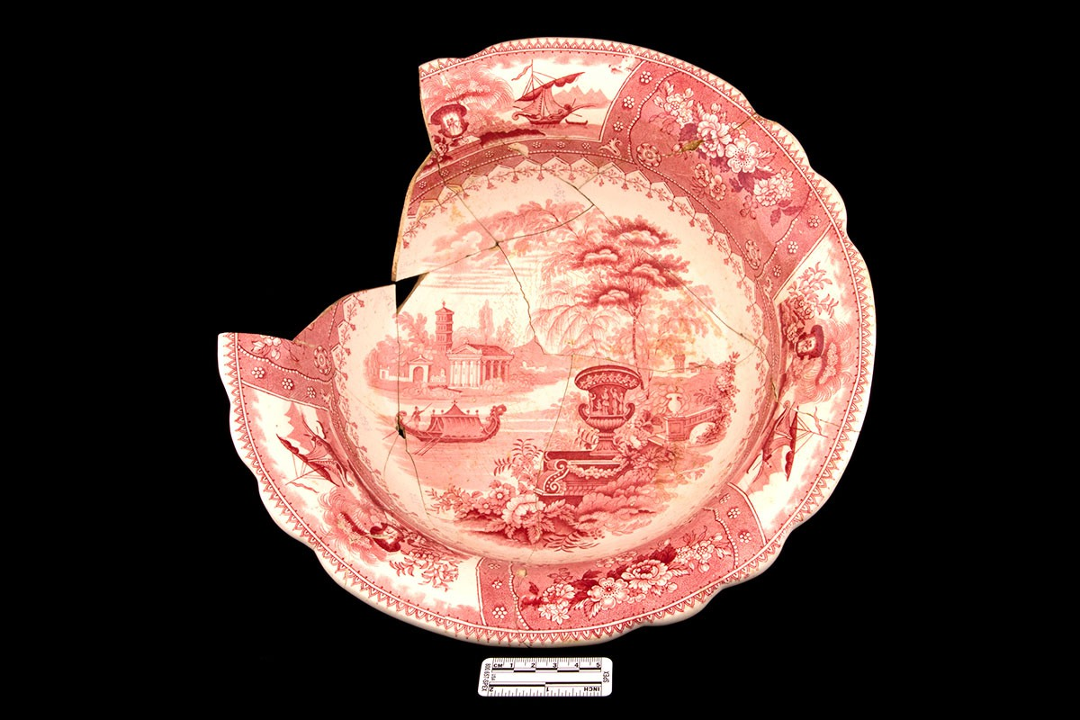 Toiletry basin, Canova pattern in red, dating to the  mid-nineteenth century. Excavated at Inge-va. Photo:  John Howarth
