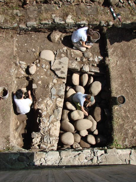 Excavation of the 1819 icehouse,  Macdonell-Williamson House, Pointe Fortune